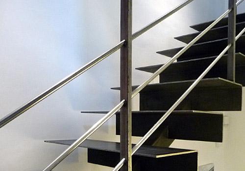 Vakwerk smederij vaessen vakwerk in metaal gronsveld trappen - Moderne designtrappen ...