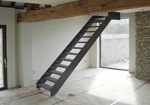 Vakwerk smederij vaessen vakwerk in metaal gronsveld trappen - Trap metaal hout ...